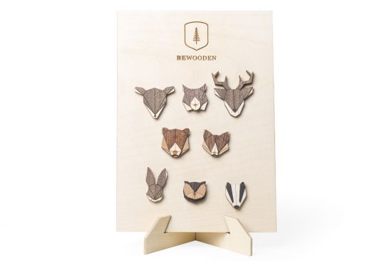 Brooches Stand – natural