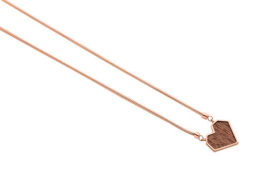 Rea Necklace Heart
